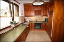 Holz-Einbauküche