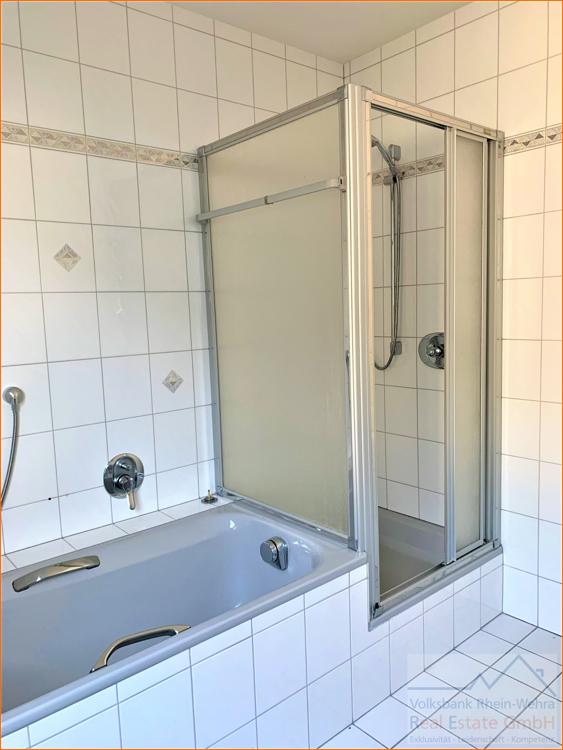 Badezimmer_Hausmeisterwohnung
