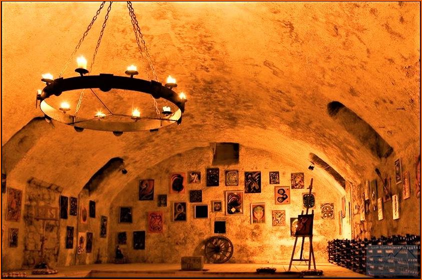 Weinkeller als Ausstellungsraum