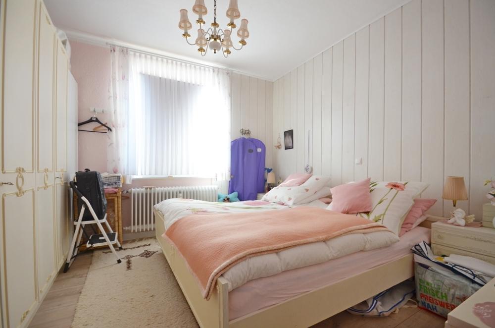 Schlafzimmer Wohnung 1. OG