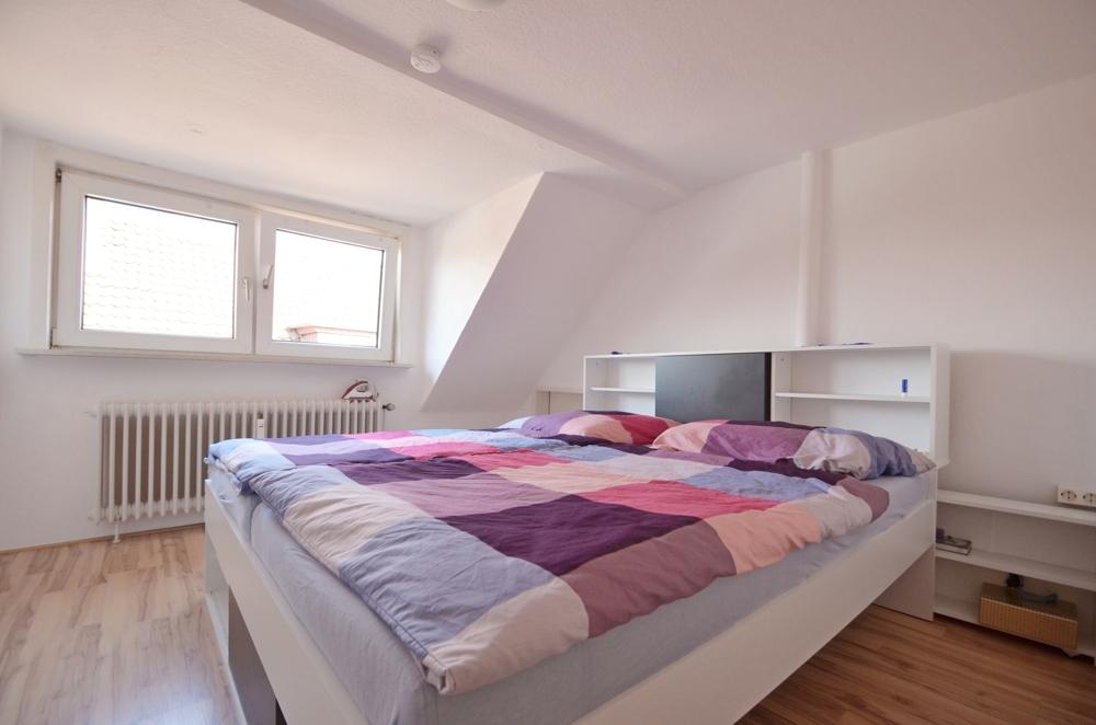 Schlafzimmer Wohnung DG