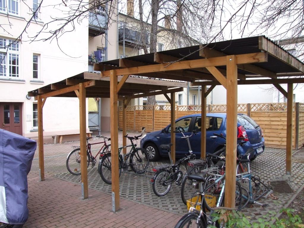 PkW- & Fahrradstellplätze