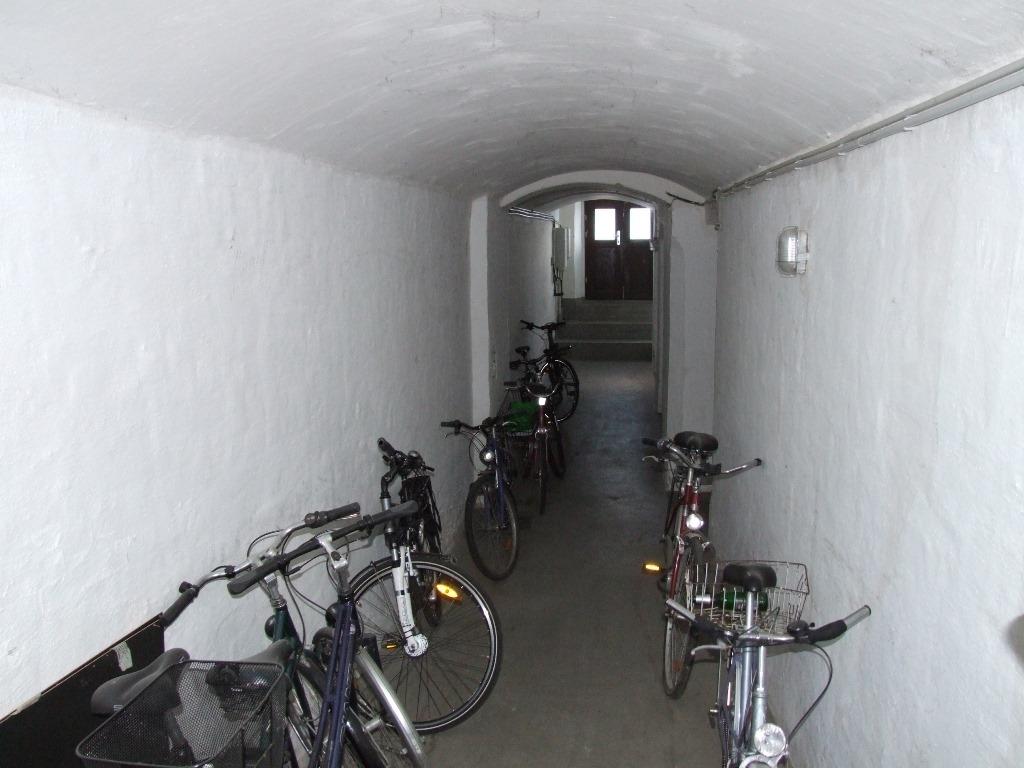 Durchgang Straße - Hof