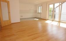 Wohnzimmer/offene Küche