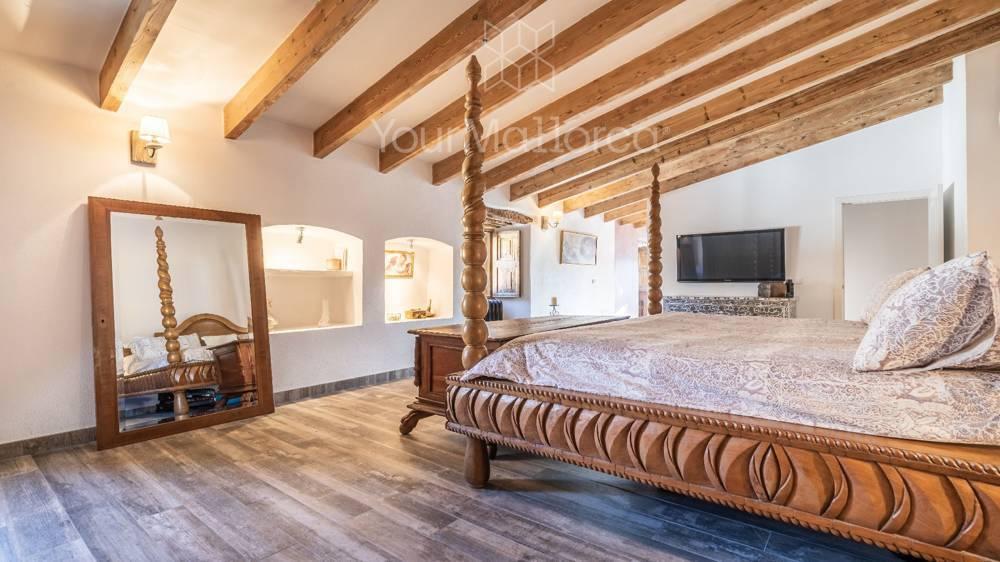 Bonanova Villa for Sale-5