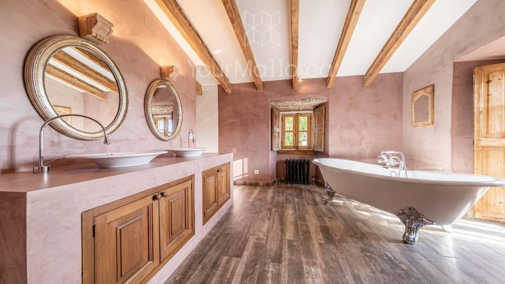 Bonanova Villa for Sale-8