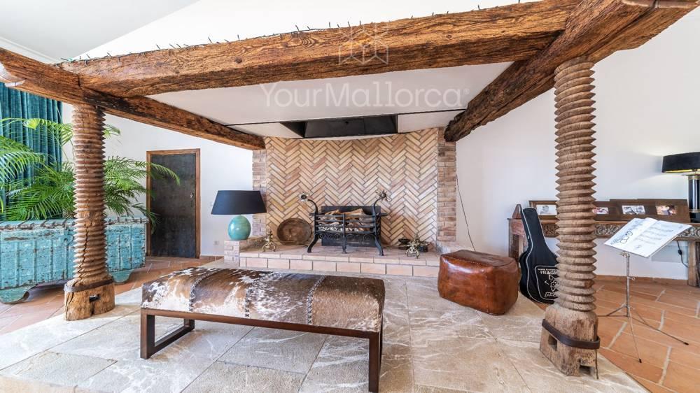 Bonanova Villa for Sale-23