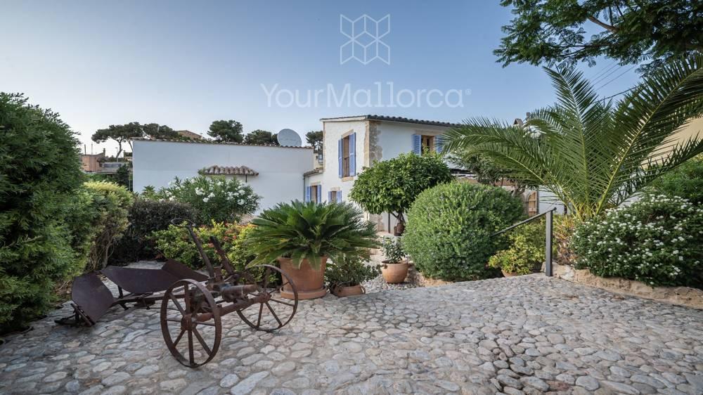 Bonanova Villa for Sale-41