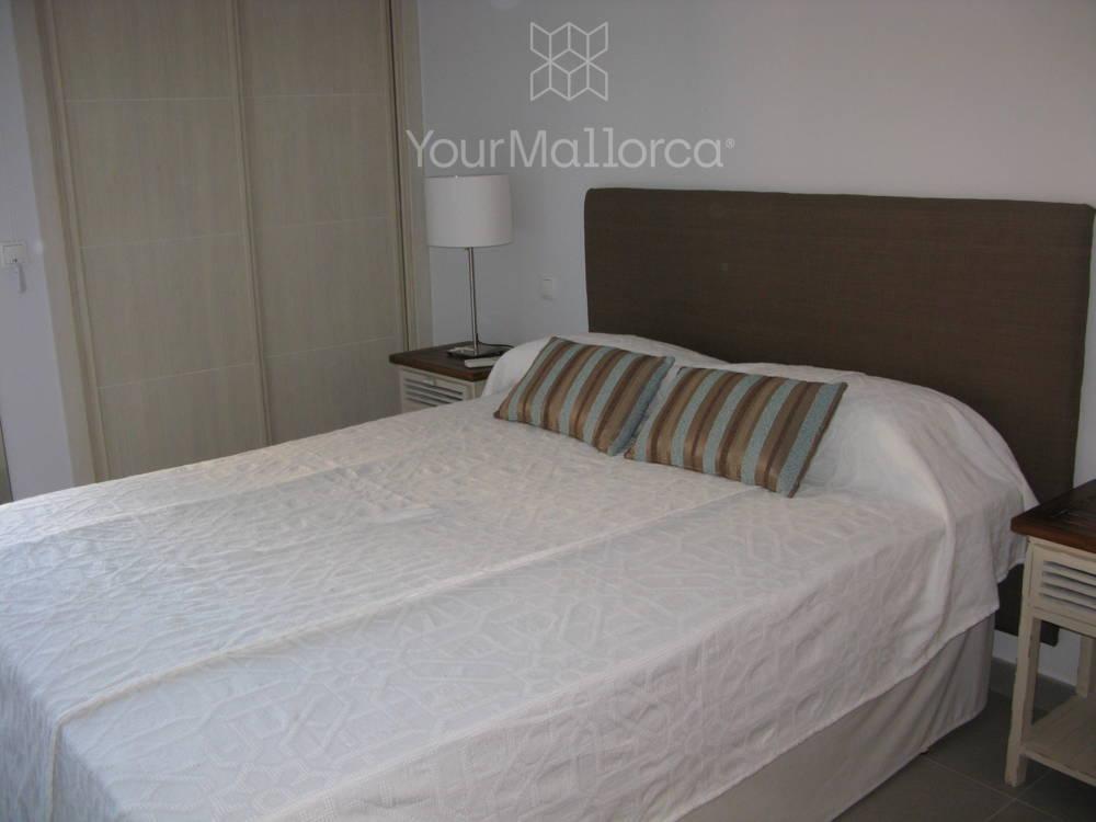 11092_5_Bedroom